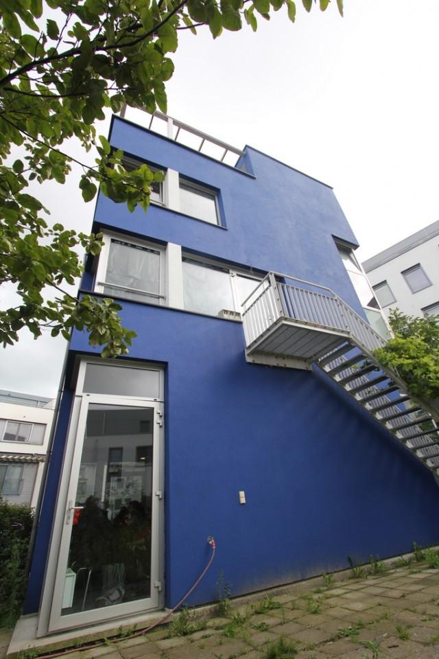 Zijkant van het Blauwe Huis
